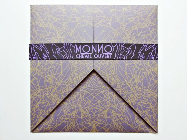 Monno - Cheval ouvert